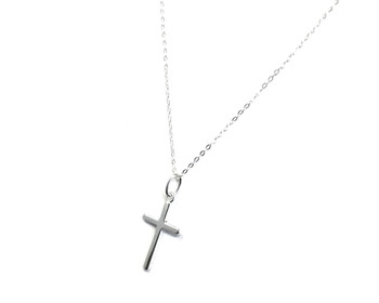 Ladies Sterling Silver Small Cross on 46 cm Fine Silver Trace Chain