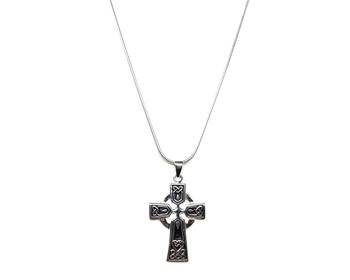 Medium Celtic Cross Pendant in 925 Sterling Silver on a 41cm Snake Chain