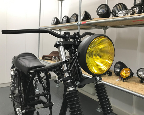 "7.7"" Motorbike Headlight - Matt Black with Yellow Lens for Scramblers & Cafe Racers"