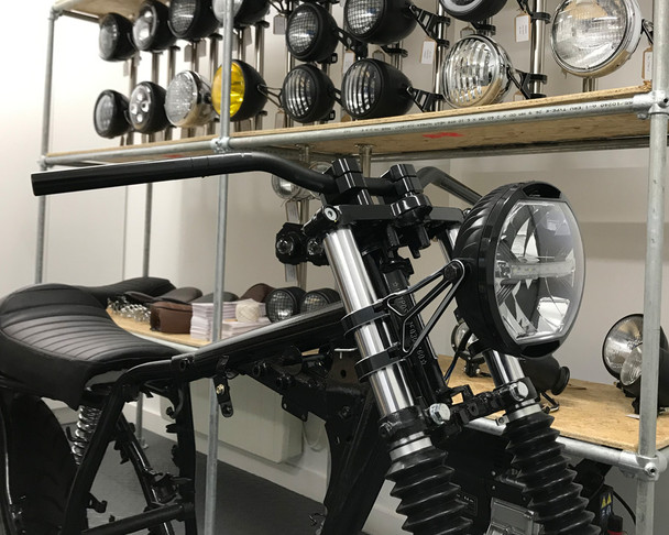 """LED Headlight 7"""" with brackets for Project Cafe Racer or Streetfighter - HOMOLOGATED"""