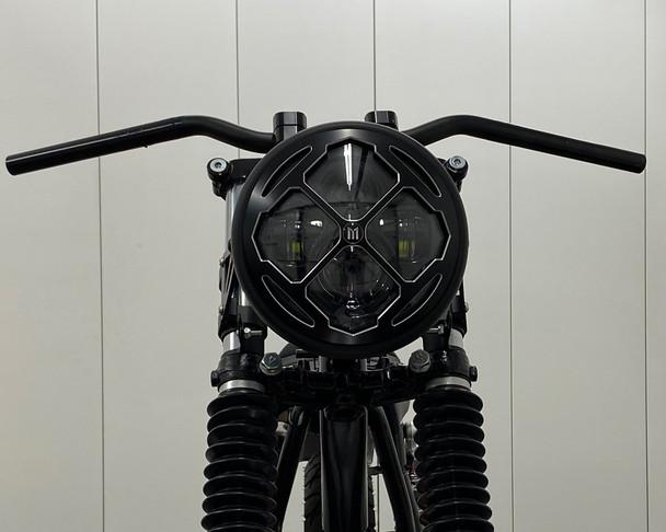 """Motorbike Headlight LED 7.7"""" with Rukis Design Grill for Retro Cafe Racer & Streetfighter"""
