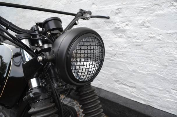 "6"" Black Mesh Grill H4 Retro Headlight for Project Cafe Racer Scrambler Motorbike"