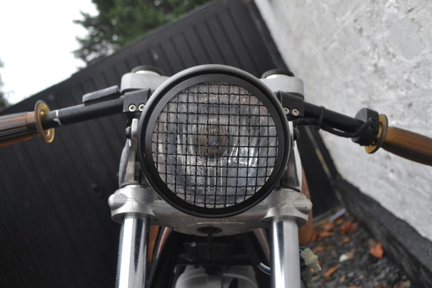 "5 3/4"" Vintage Style Black Metal Motorcycle Motorbike Headlight with Mesh Grill & Integrated Digital GPS Speedometer"