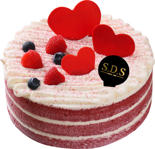Red Velvet Cake With Cheese Mousse