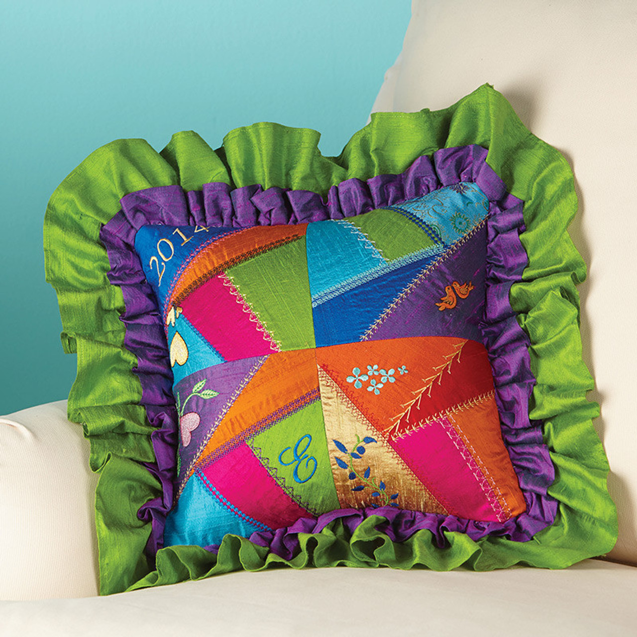 Todays Crazy Quilting With Your Embroidery Machine Book And CD