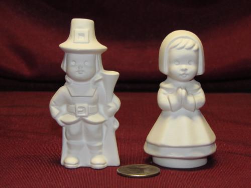 Ceramic Bisque U Paint Small Pilgrims - Thanksgiving Unpainted Ready To Paint