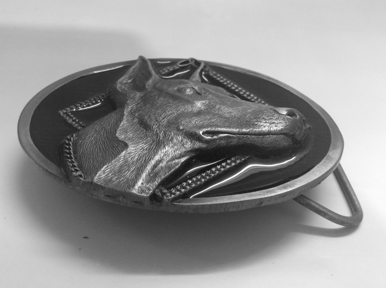 Dobe belt buckle