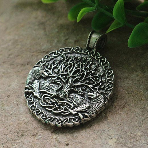 Lanseis Two Wolves Sigil Celtic Necklace