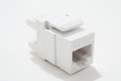 On-Q Cat 5e RJ45 Keystone Connector White