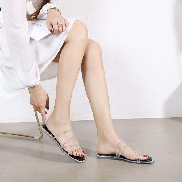 Evelyn Black Sandals