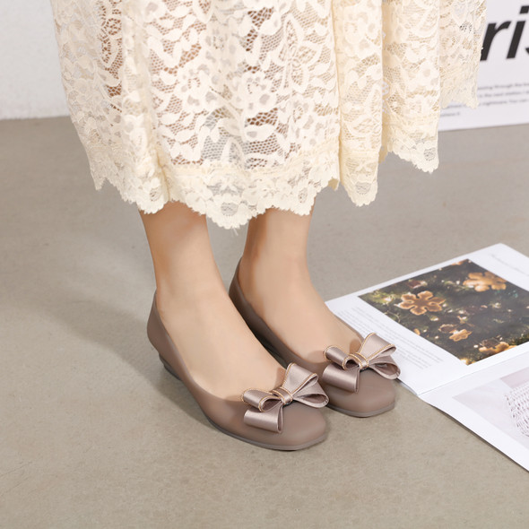 Sienna Brown Jelly Flats