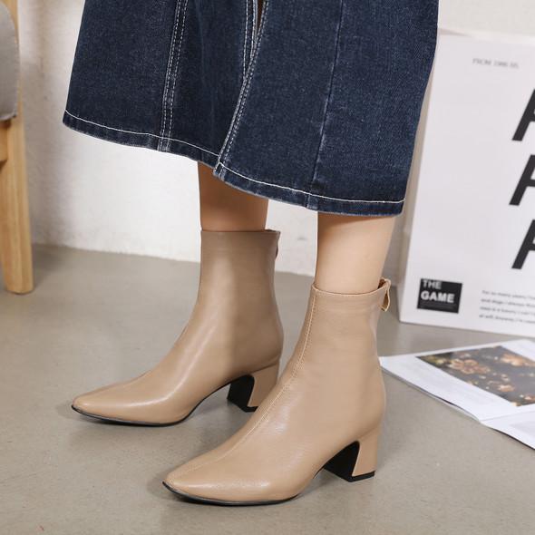 Clarinda Beige Boots