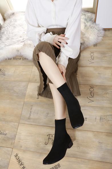 Olivia Black Boots