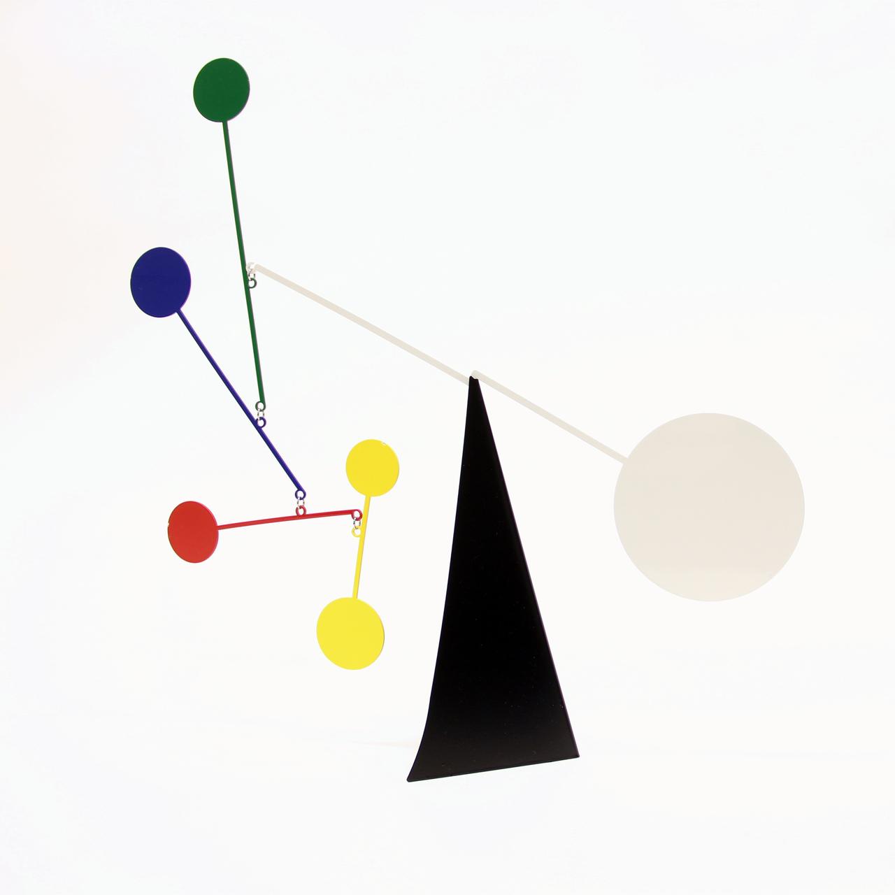 Ekko Workshop Standing Circles Desktop Mobile, Multicolor