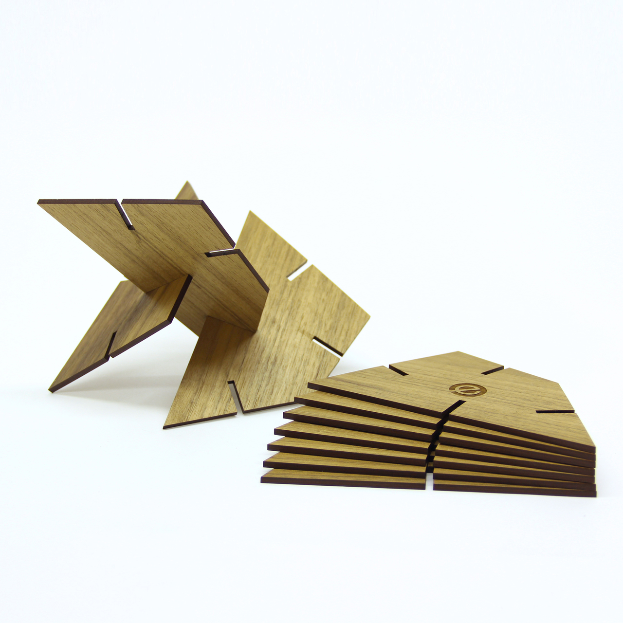 Sculpture Squared Trapezoid, Walnut