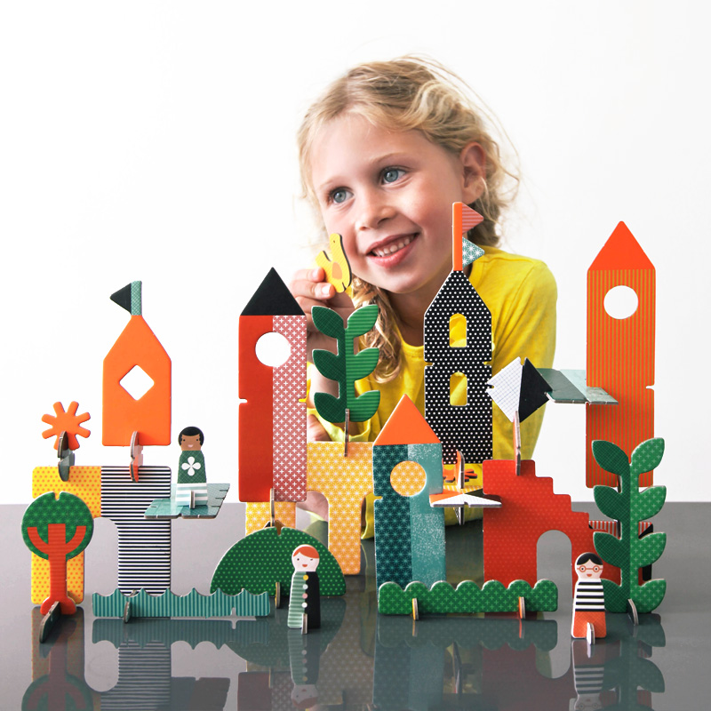 Petit Collage Pop-and Play Deluxe Creative City