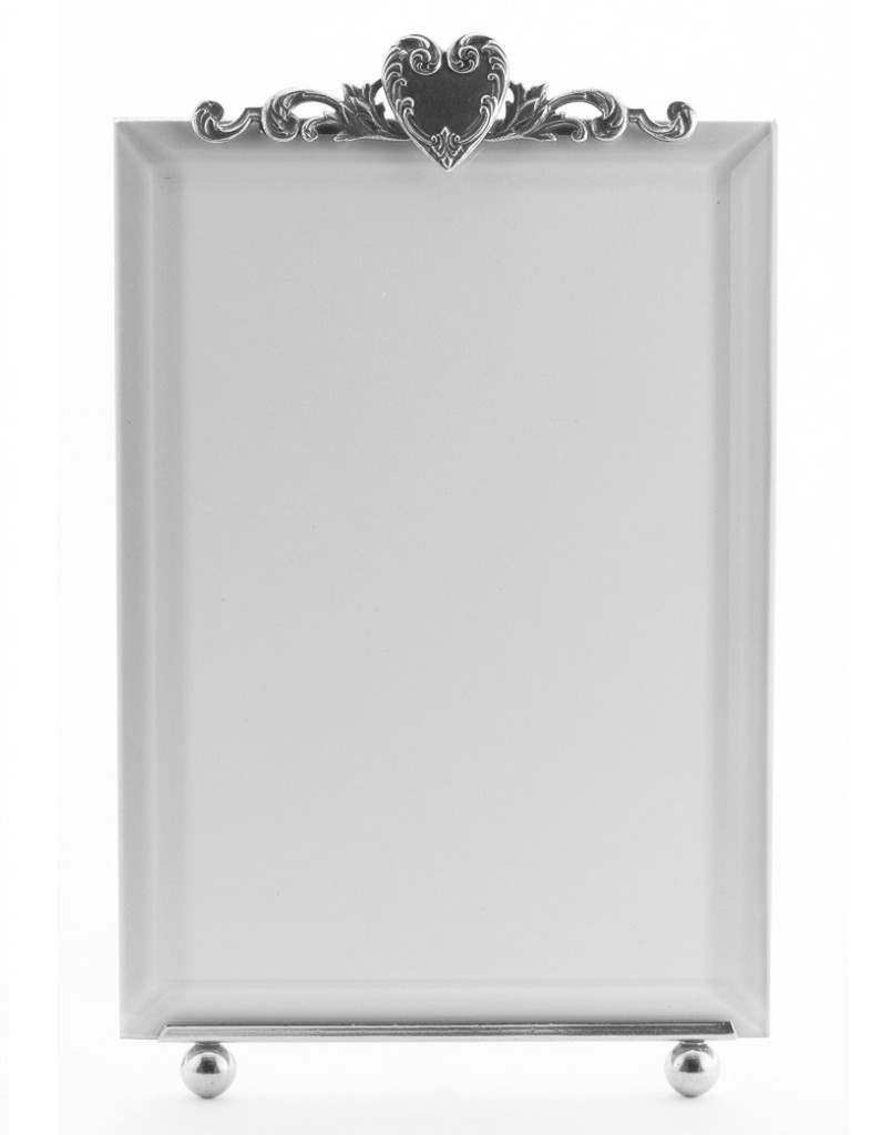 La Paris French Heart 5 x 7 Inch Silver Plated Picture Frame - Vertical