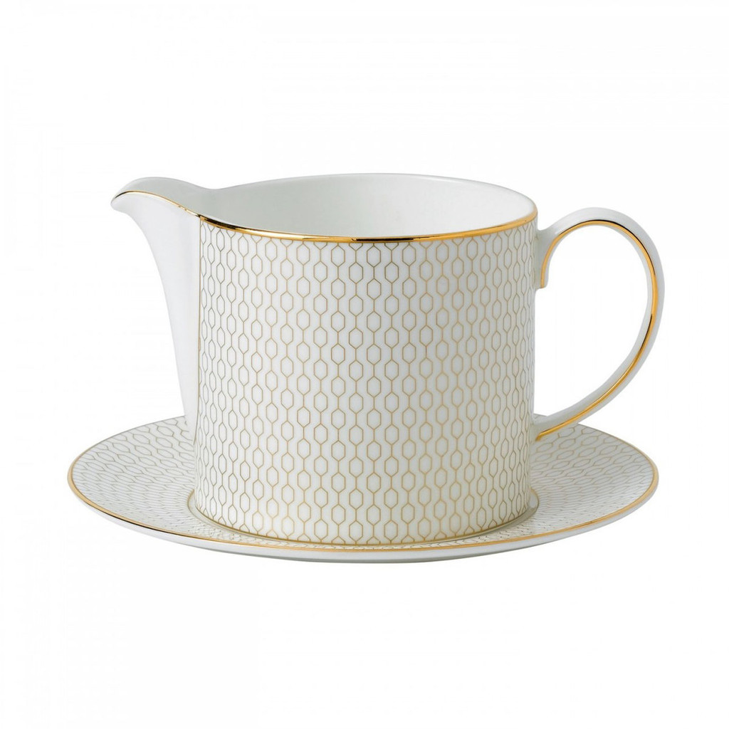 Wedgwood Arris Sauce Jug and Stand MPN: 40007546