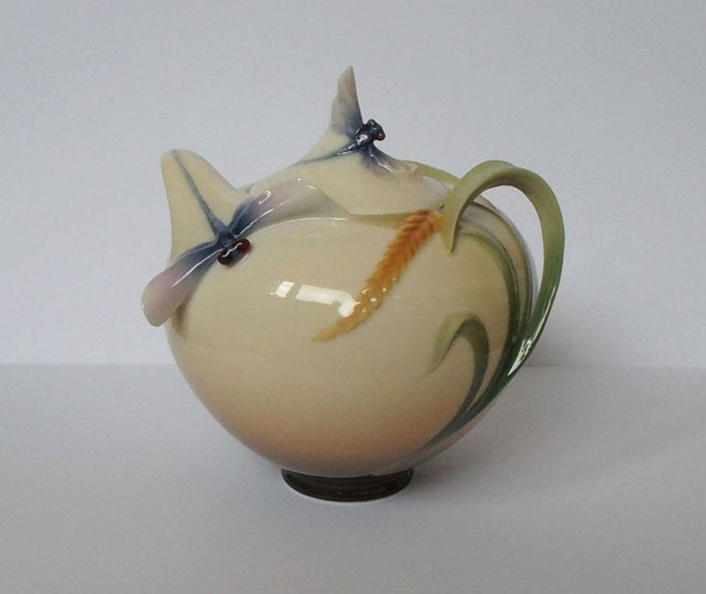 Franz Porcelain Dragonfly Sugar Jar, MPN: FZ00119, UPC: 837009000829