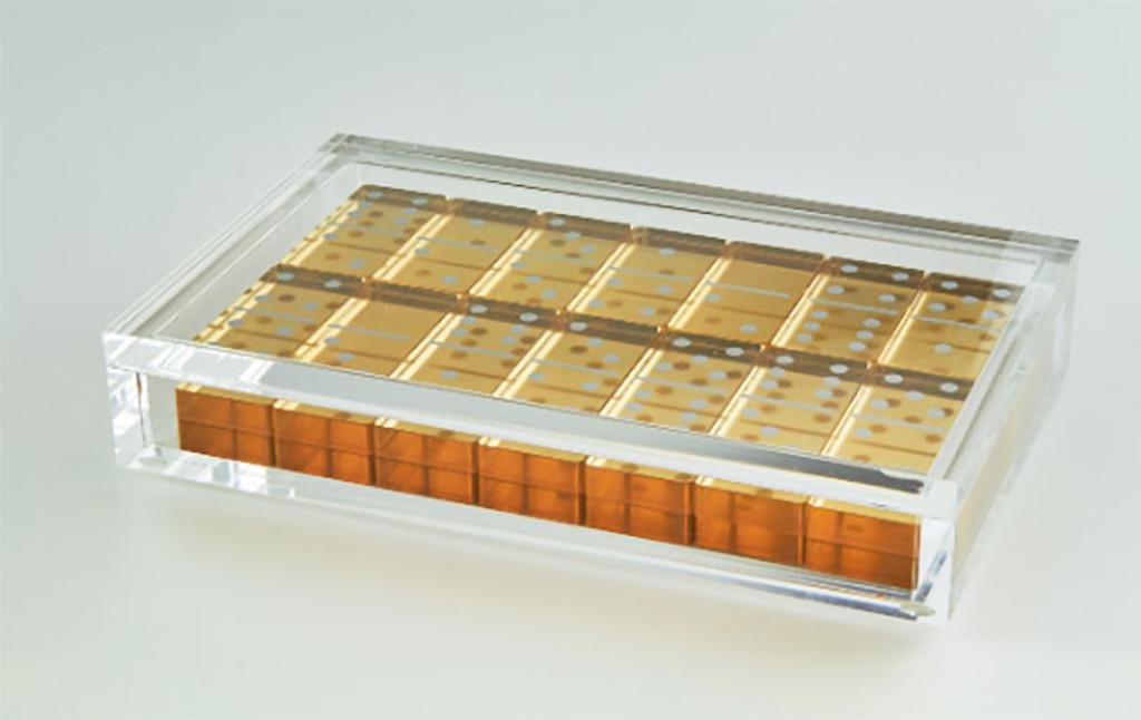 Tizo Lucite Domino Set Gold, MPN: HA115GDDM