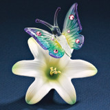 Butterfly on a Lilly Glass Figurine GP6060