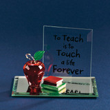 Apple To Teach Glass Figurine GP771