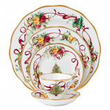Royal Albert Old Country Roses Christmas Tree 5 Piece Place Setting