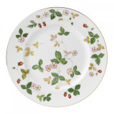 Wedgwood Wild Strawberry Dinner Plate 10.75 Inch MPN: 50105501004