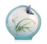 Franz Porcelain Vase Boat Orchids Butterfly MPN: FZ03354 UPC: 817714014014