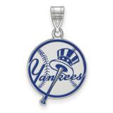 MLB New York Yankees Med Enl Disc Pendant in Sterling Silver MPN: SS061YAN UPC:
