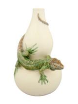Bordallo Pinheiro Arte Bordallo Decorated Calabash with Lizard MPN: 65003764 EAN: 5600876077141