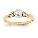 Diamond and Cultured Pearl Ring 14k Gold Y11646AA