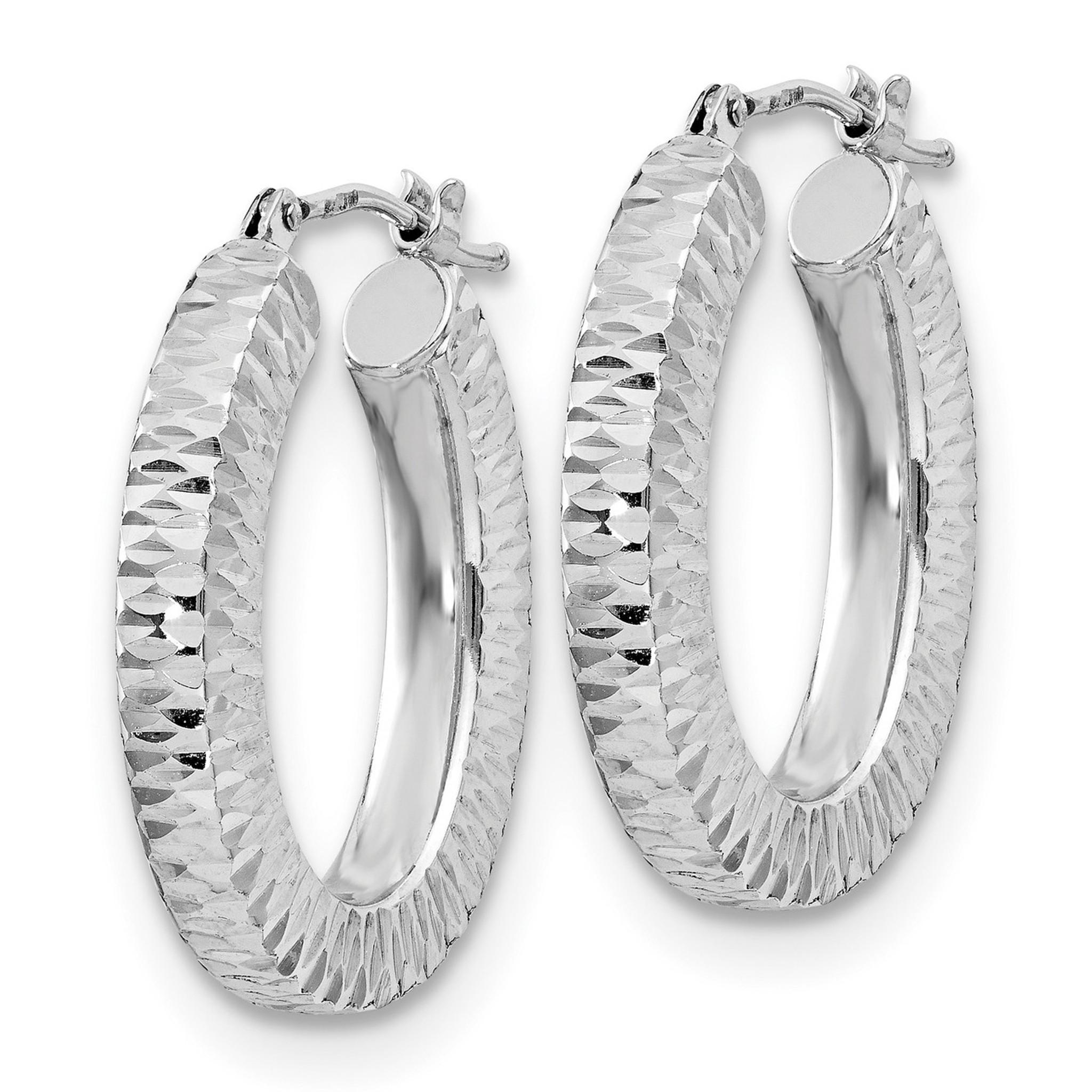 14k White Gold Diamond-cut Polished Oval Hoop Earring
