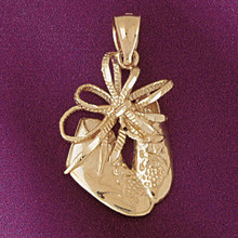 Baby Shoe Pendant Necklace Charm Bracelet in Gold or Silver 5935