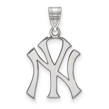 New York Yankees Large Pendant MPN: SS004YAN by LogoArt