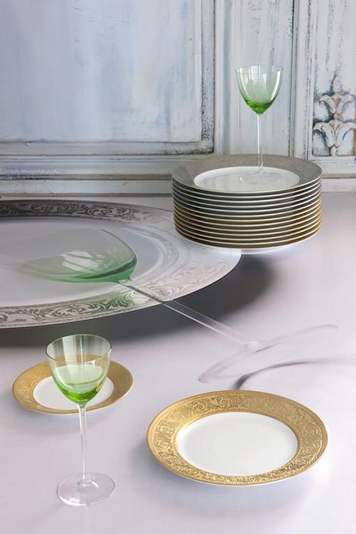 Robert Haviland Versailles White Bisc Gold Filet Tea Cup