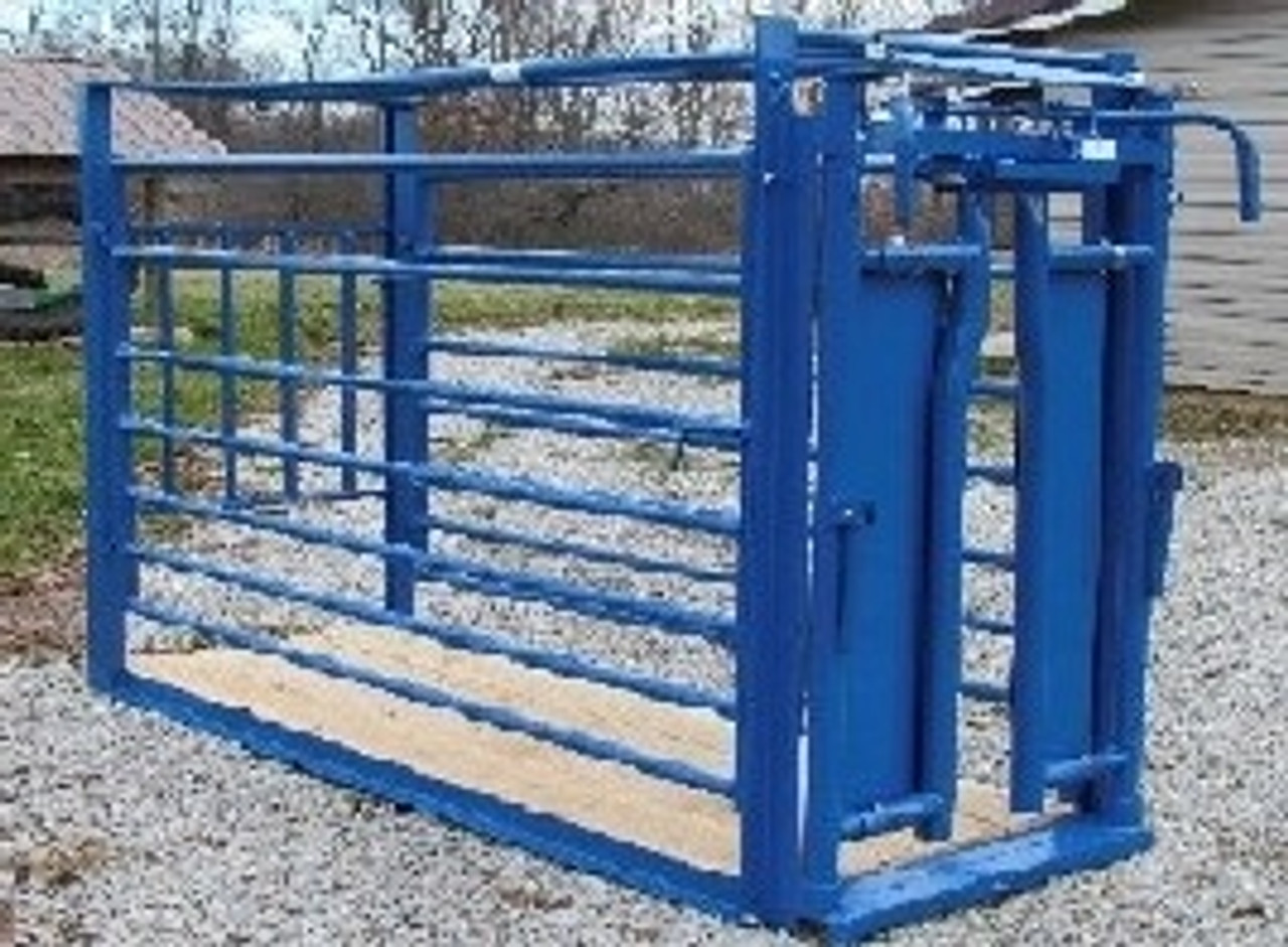 HerdPro Workchute with automatic headgate