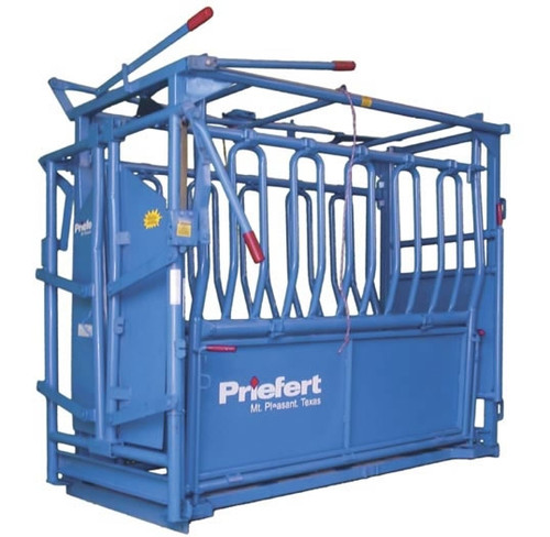 "Priefert ""The Rancher"" Squeeze Chute"