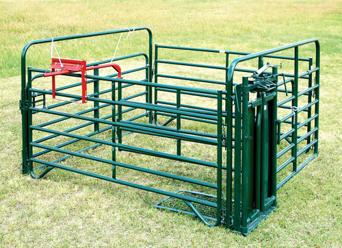 Behlen 10' x 10' Cattle Care Center with Headgate