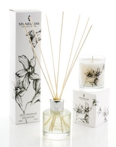 white orchid reed diffuser