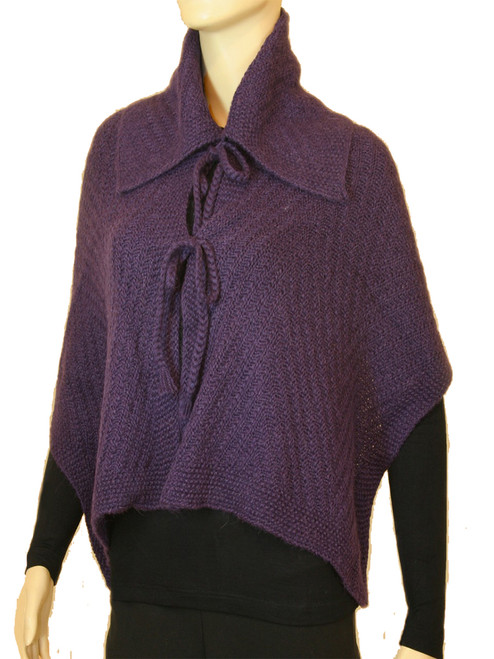 Collared Rayas Capelet . Premium Alpaca - Fair Trade
