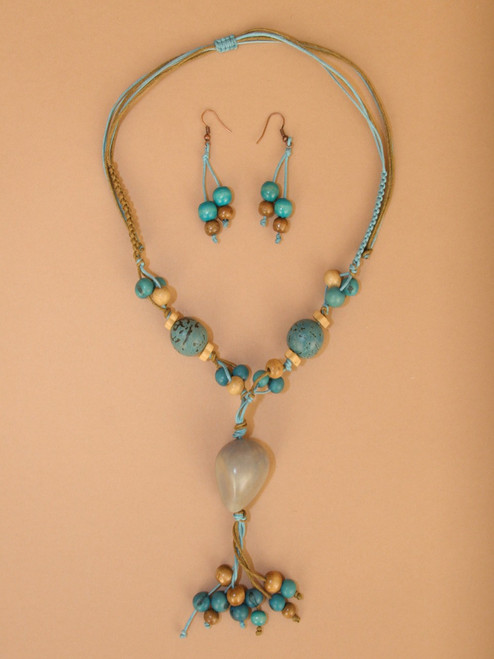 Short Turquoise Necklace and Earring Set