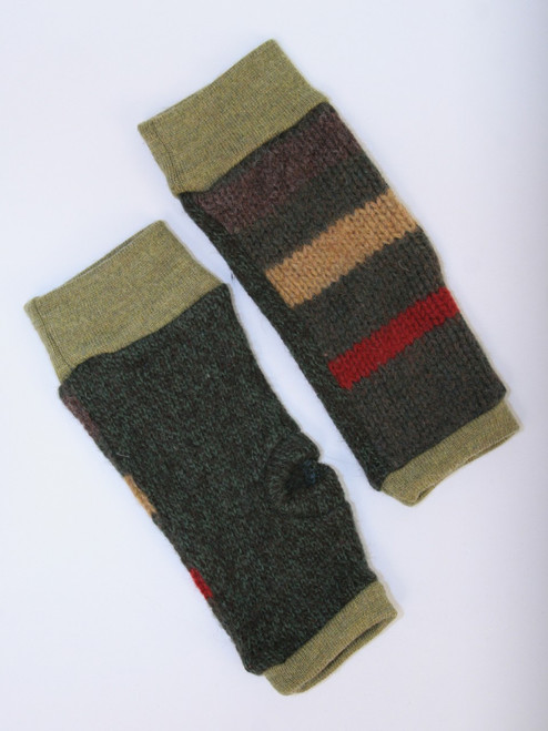 November Mitts Lodgepole Pine - Recycled Material