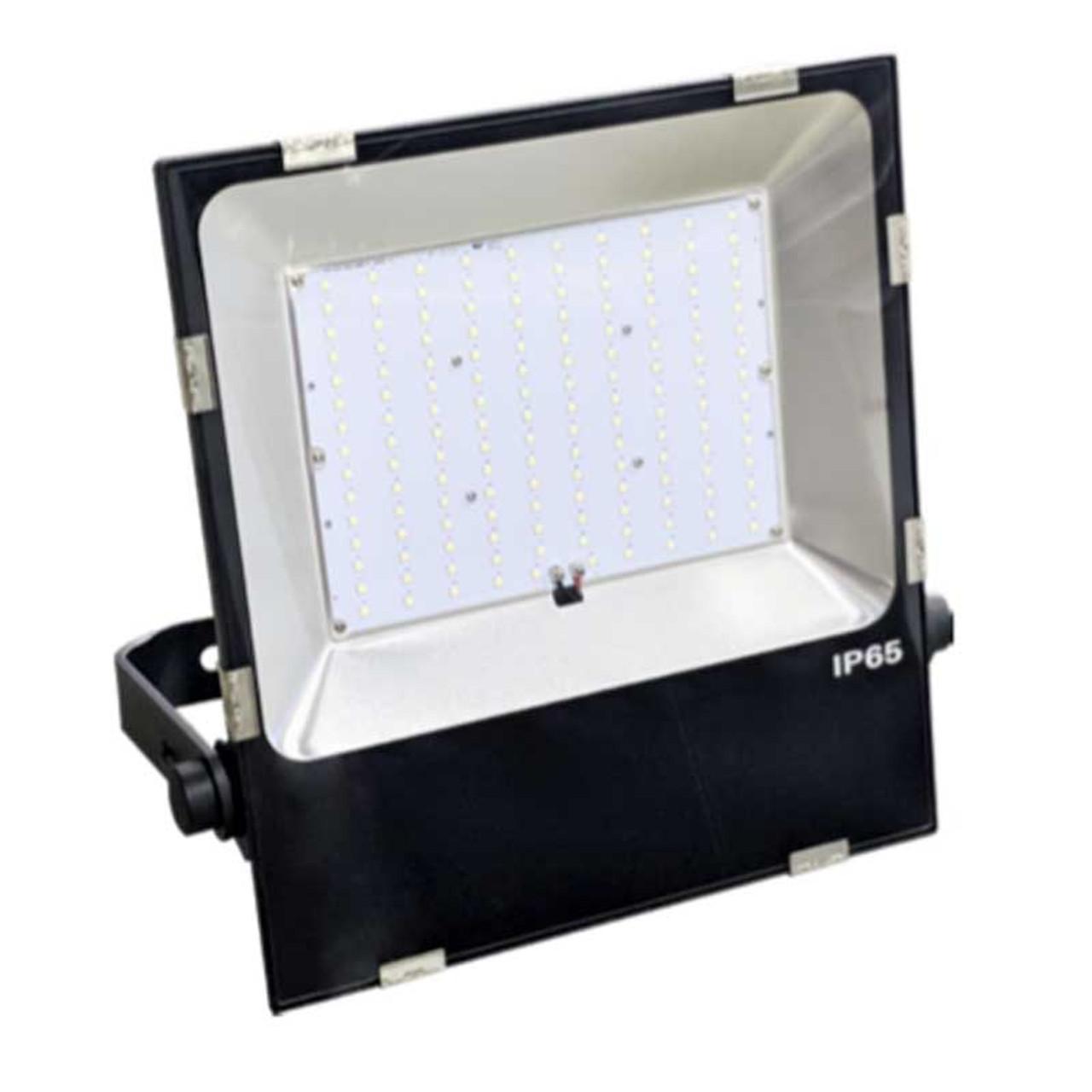 150 Watt Led Flood Light Replaces 700 Watt Hid 20 300 Lumen Ip65 Close Out Led Global Supply
