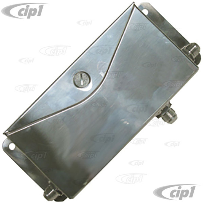 C26-115-565-8 - RACING BREATHER BOX - 8-1/4 INCH LONG - 4-1/2 INCH HEIGHT - 2 INCH WIDE - WITH #8AN FITTINGS