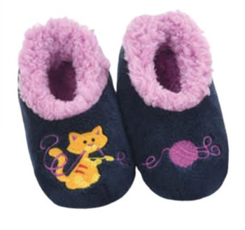 Cat WIth Yarn Toddler Pairable Snoozie