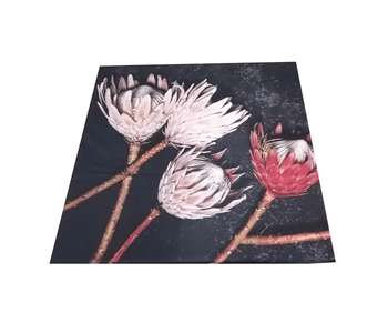 Table cloth red & pink king proteas on dish
