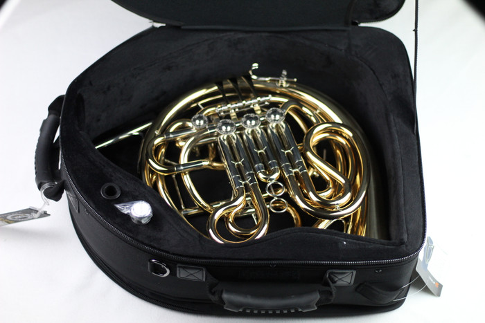 Used Accent HR945GD French Horn
