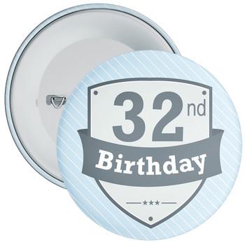 Vintage Retro 32nd Birthday Badge