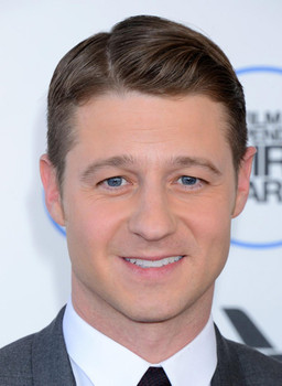 Benjamin Mckenzie Movies Stars 2018 Celebrity Face Mask